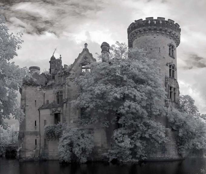 chateau-de-la-mothe-chandeniers-04-680x574