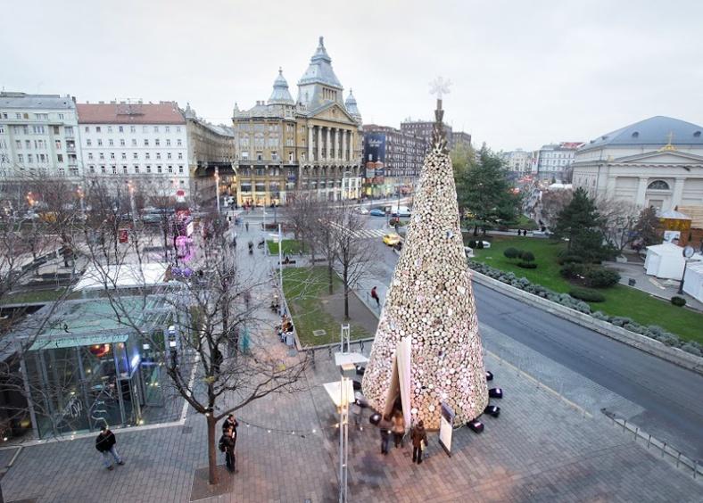 christmas-trees_181215_02