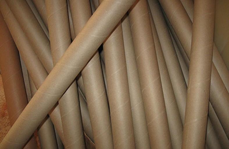 coat-hangers_090116_05-800x521