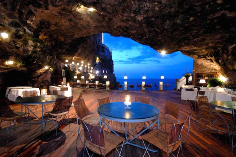 grottapallasezze-1-900x599