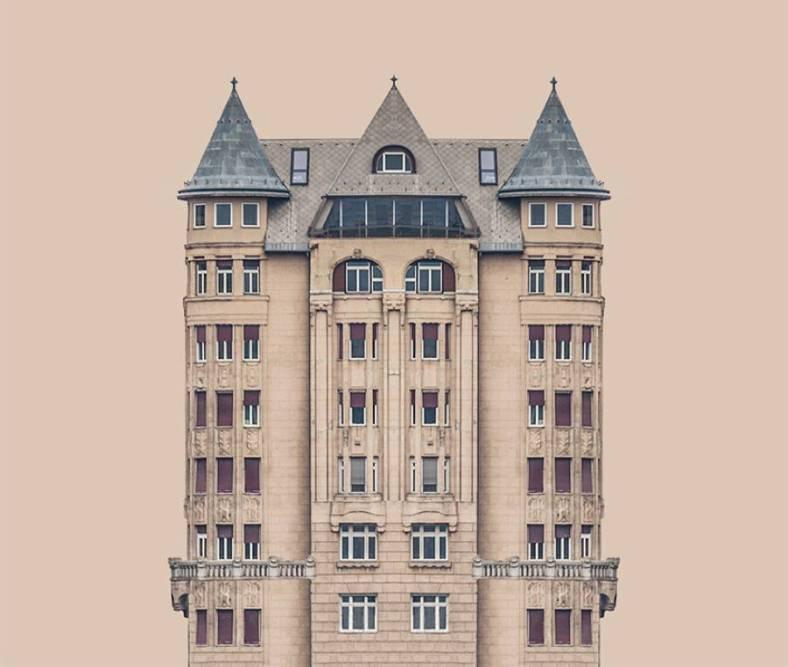 symmetrybankarchi8-900x762