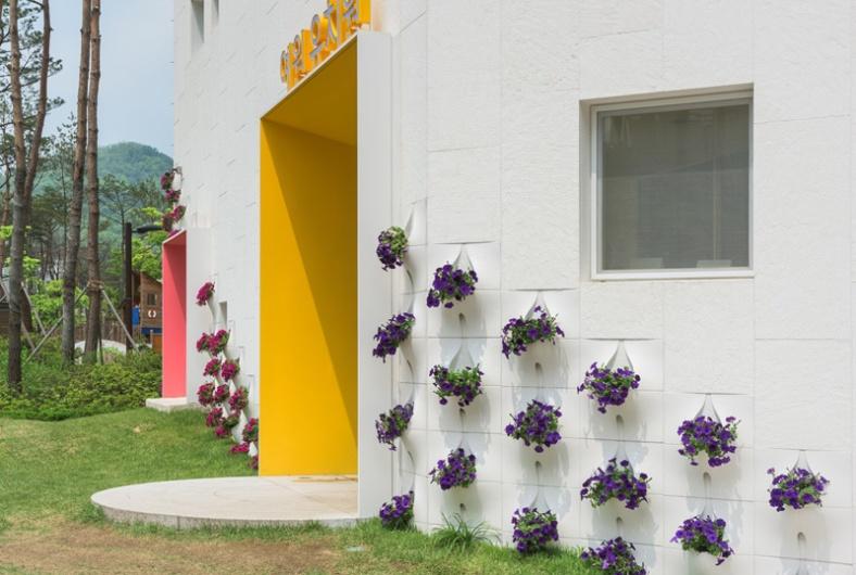 built-in-flowerpots_260216_03