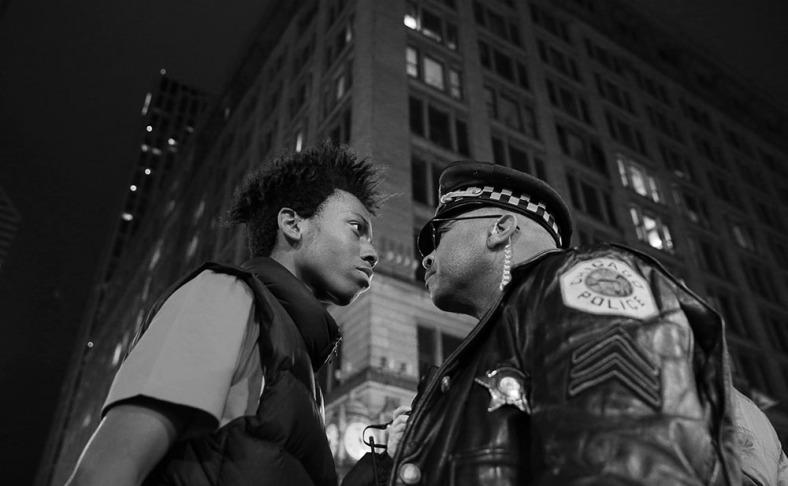 ct-chicago-cop-shooting-laquan-mcdonald-protest-met-1126