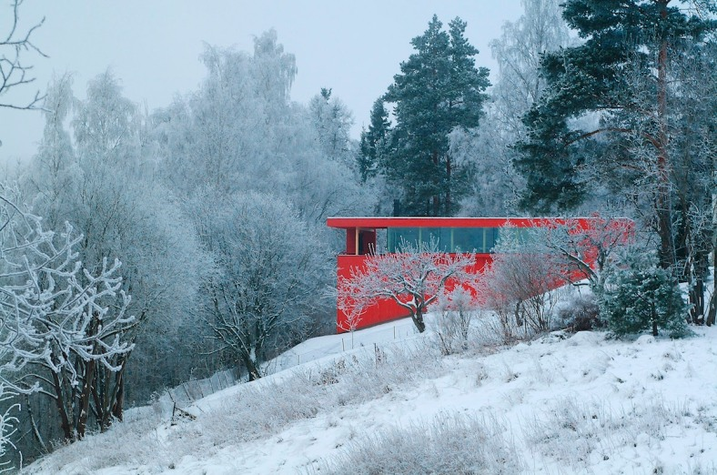 red-house-exterior-1