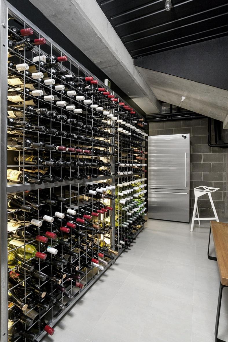 wine-cellar_210216_07