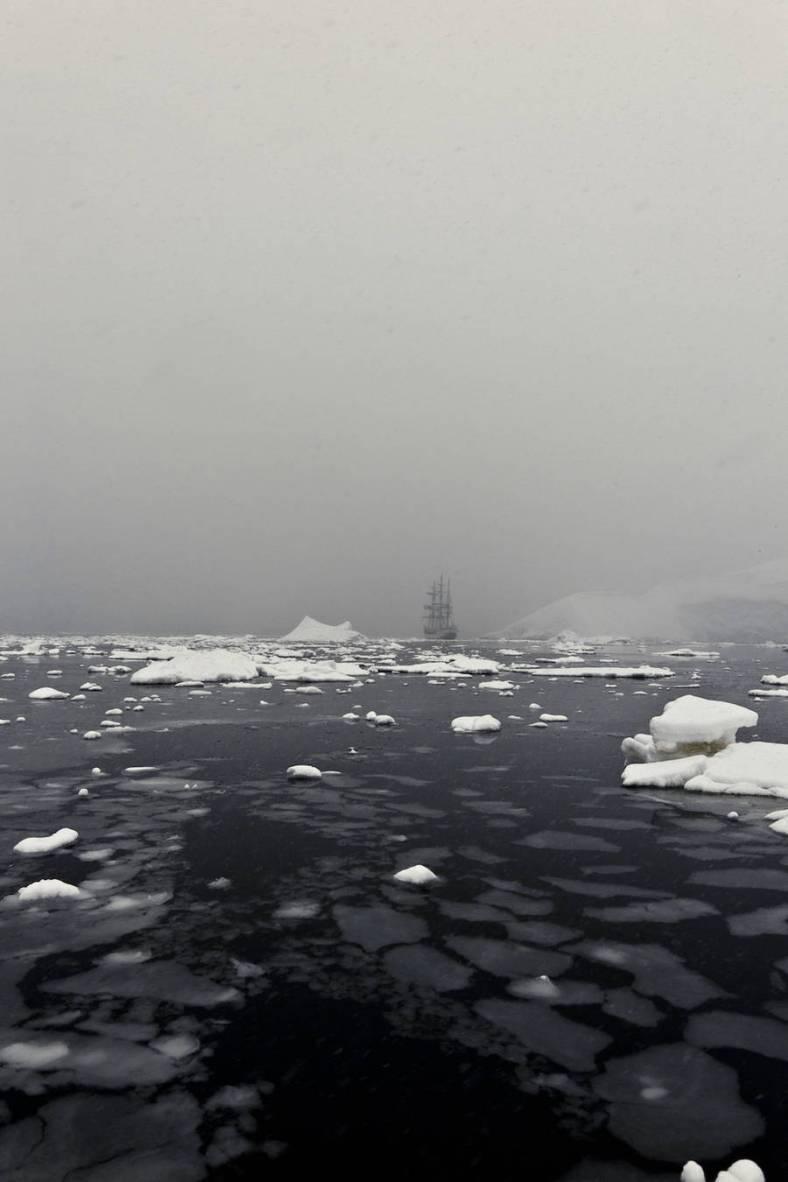 antarctica1911ship6-900x1350