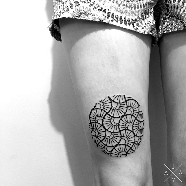 lovely-black-tattoos-with-geometrical-patterns-12