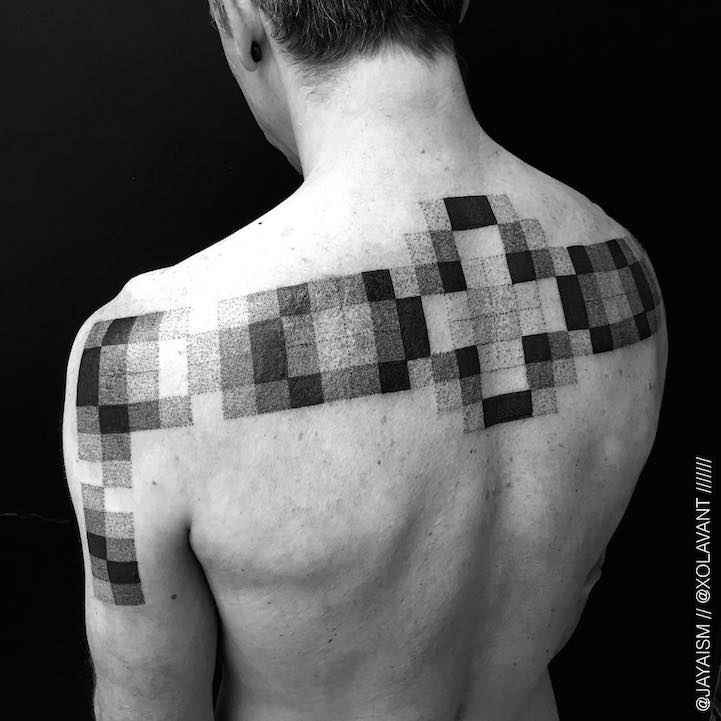 lovely-black-tattoos-with-geometrical-patterns-14