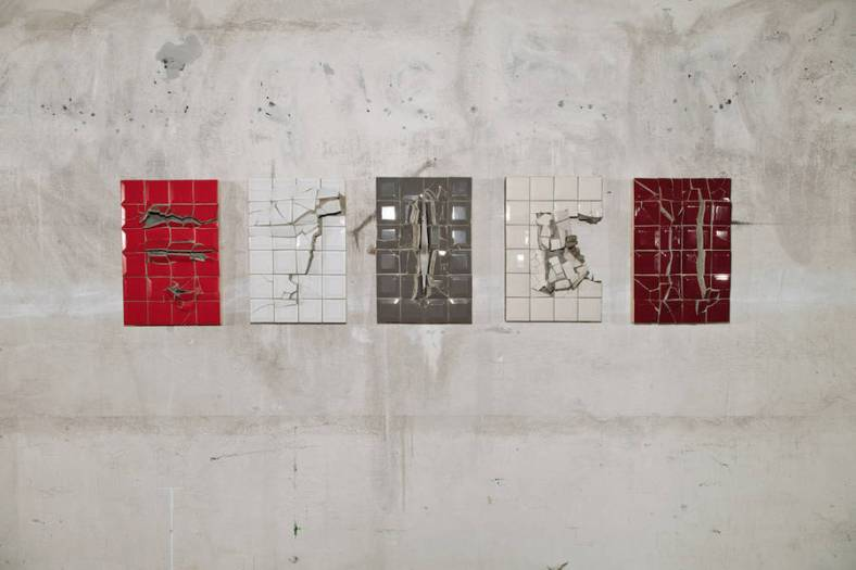 artistic-broken-items-by-graziano-locatelli-6-900x600