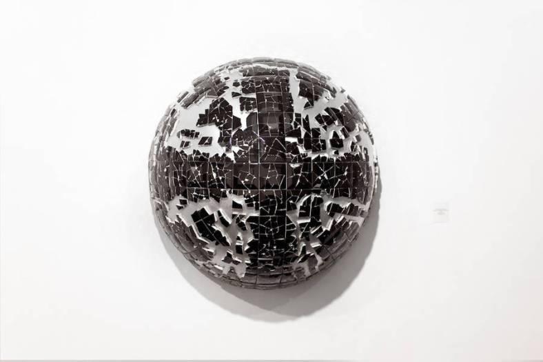 artistic-broken-items-by-graziano-locatelli-9-900x600