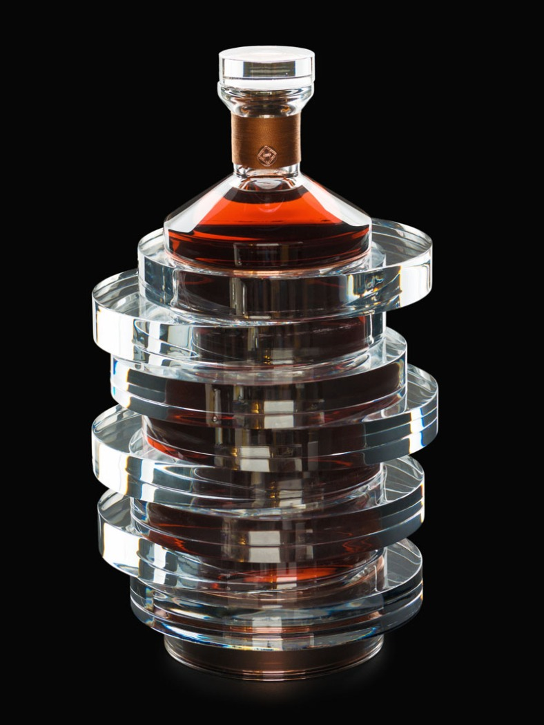 hennessy-bottle_210416_03a