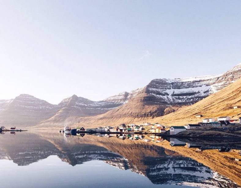 superb-pictures-of-the-faroe-islands3-900x703